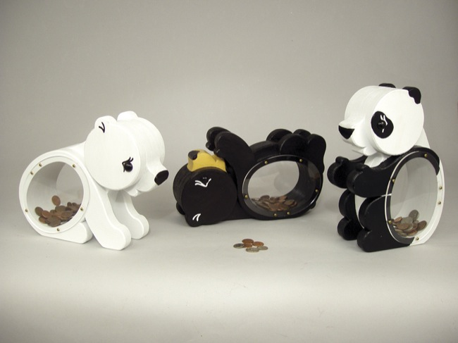 19-W3458 - Baby Bear Coin Banks Woodworking Plan.