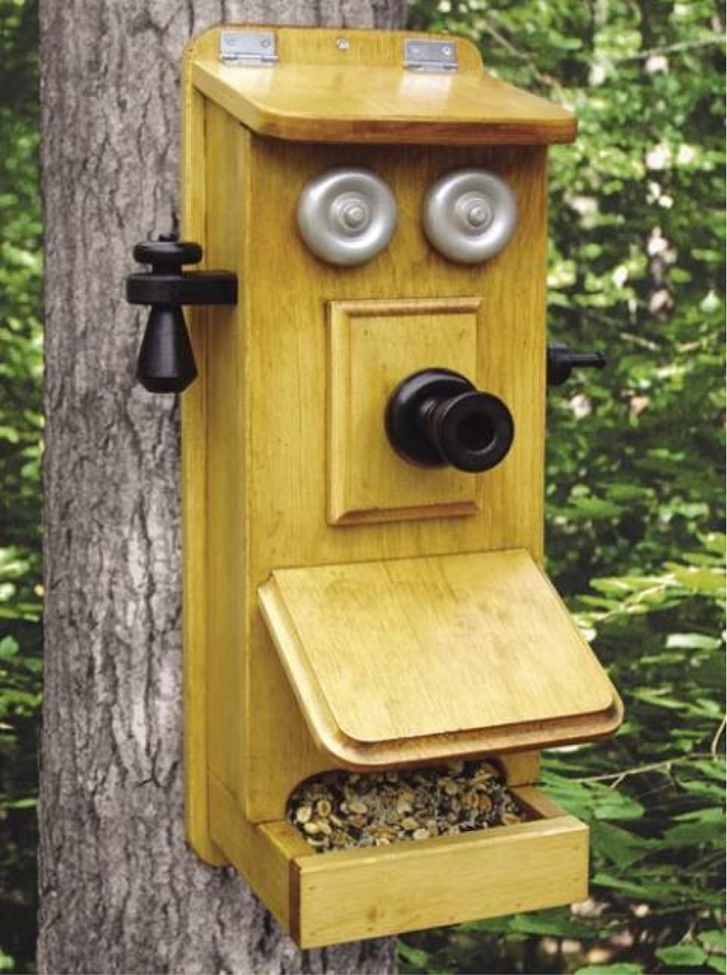 Telephone Bird Feeder Woodworking Plan.