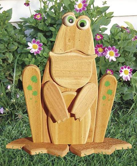 Garden Lookout Frog Woodworking Plan. - Paper plan