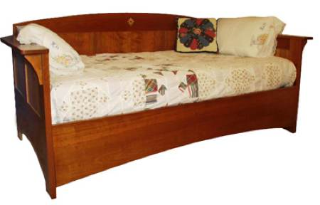 31-MD-00107 - Arts and Crafts Mission Day Bed Woodworking Plan.