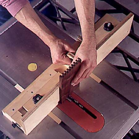 Box Joint Jig Woodworking Plan.
