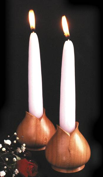 31-MD-00208 - Turned Candleholders Woodworking Plan