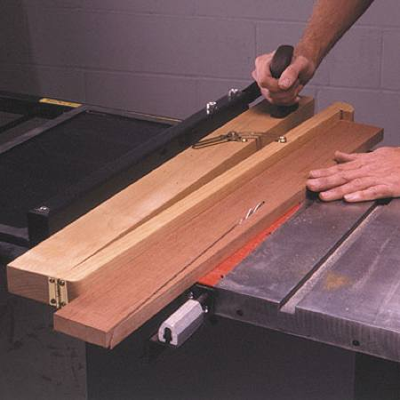 True Cut Taper Jig Woodworking Plan.