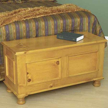 Cedar Lined Blanket Chest Woodworking Plan.