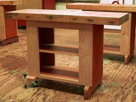 Mobile Utility Bench Woodworking Plan