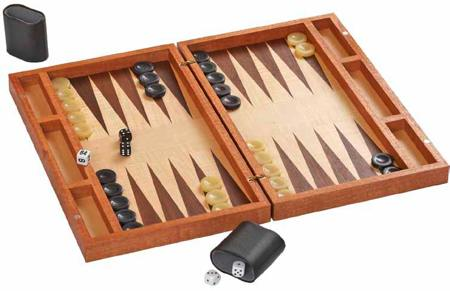Boxed Up Backgammon Board Woodworking Plan