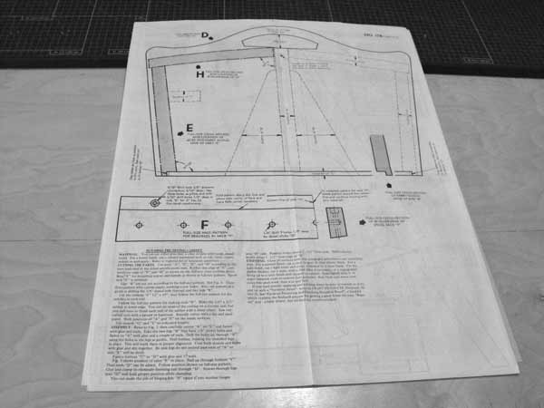 R-ANH0178 - Sturdy Portable Sewing Cabinet Vintage Woodworking Plan