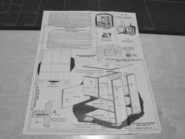 R-ANH0247 - End Table Vintage Woodworking Plan