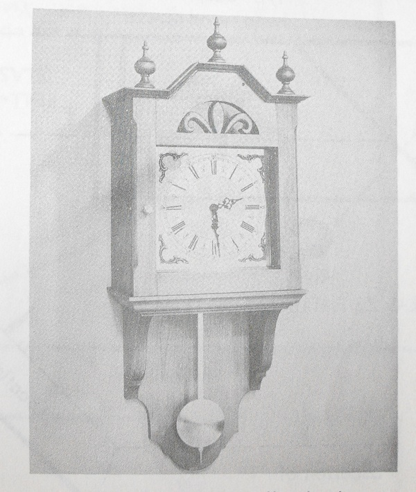 Picturesque Wall Clock Vintage Woodworking Plan