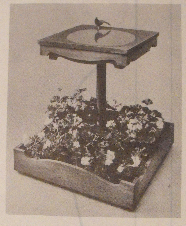 R-ANH0529 - Bird Bath Planter Vintage Woodworking Plan
