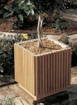 Slat Sided Planter Woodworking Plan