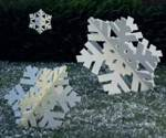 fee plans woodworking resource from WoodworkersWorkshop Online Store - snowflakes,snow flakes,slotted,notched,knock down,winter,christmas,yard art,fee woodworking plans,projects,patterns,blueprints,build,construction,how to,diy,do-it-yourself