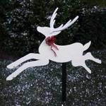 Dashing Deer Yard Art Woodworking Plan.