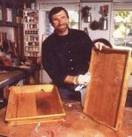 R-NYW9071 - Wooden Trays Woodworking Plan Featuring Norm Abram
